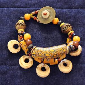 1800s venetian millifori beads Papua New Guinea conch shell bracelet